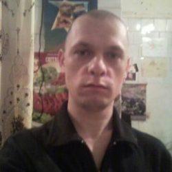 Парень из Москвы, ищу женщину для секса.