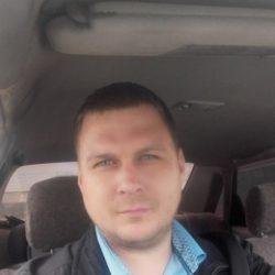Высокий, симпатичный парень, ищу девушку для секса в Москве