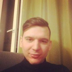 Парень, ищу девушку в Москве, для интимной переписки, виртуального секса и личных встреч!