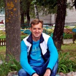 Воспитанный, высокий, симпатичный парень, ищу веселую, симпатичную девушку в Москве