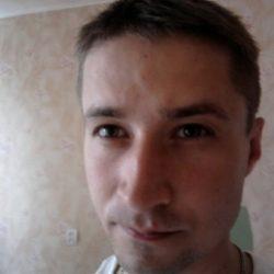 Молодой спотривный парень ищет девушку для секса в Москве
