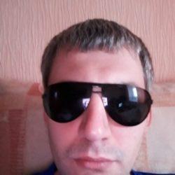 Опрятный молодой мужчина ищет женщину для сексуальных отношений, Москва и МО