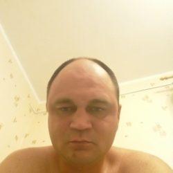 Парень, ищу девушку для секса без обязательств в Москве