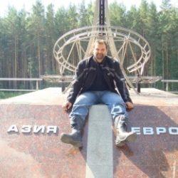 Военный, чистоплотный парень, ищу девушку без ограничения возраста, для секса в Москве