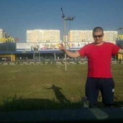 Парень ищет девушку из Москвы для секс встречи