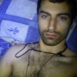 Парень ищет девушку, женщину в Москве