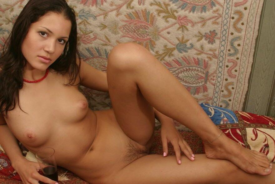 тяга фото порно девушек москвы она для вида