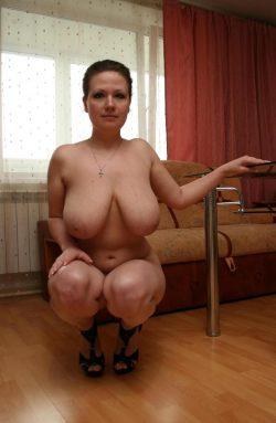 Потерялся любовник! Ухоженная, с пышными формами женщина ищет мужчину для постоянных встреч в Москве