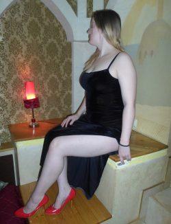 Девушка ищет мужчину для незабываемых встреч в Москве