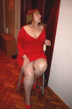 Стройная, симпатичная блондинка пригласит в гости мужчину для интимных встреч в Москве