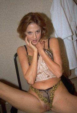 Женственная и притягательная ухоженная и сексуальная девушка ищет мужчину в Москве
