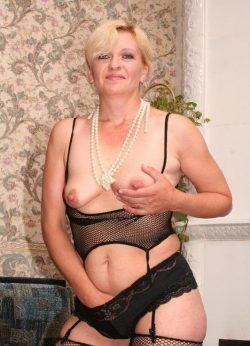 Я девушка, приглашу мужчину для интимных встреч в Москве
