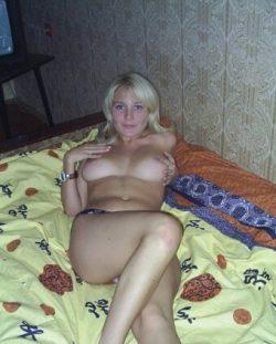 Сногсшибательная девушка без комплексов ждет мужчину в Москве