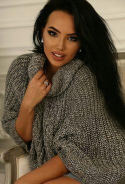 Очень вкусная и сладкая девушка готова дать на встречу с мужчиной из Москвы