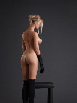 Сексуальная блондиночка, ищу знакомство в Москве с мужчиной.