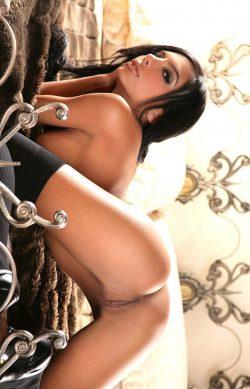 Молодая и сексуальная девушка желает интим знакомства с мужчиной в Москве.