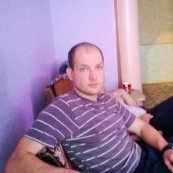 Парень из Москвы. Ищу девушку (женщину) для интим встреч