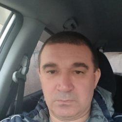 Парень из Москвы ищет полненькую девушку для интим встреч