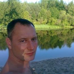 Простой парень. Ищу девушку в Москве, готовую заняться сексом. Без обязательств и заморочек!