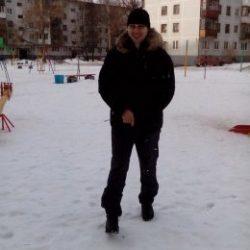 Парень, ищу девушку для нежностей в Москве